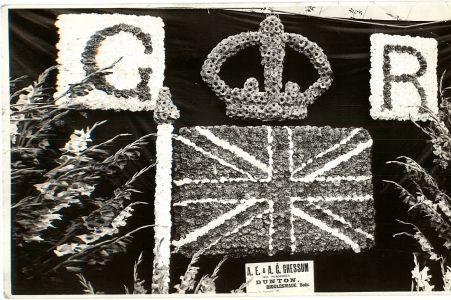 George V Silver Jubilee floral arrangement 1935