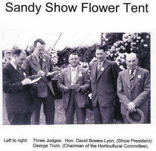 Sandy Show c1940s