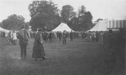 Crowds at the Sandy Show c1910